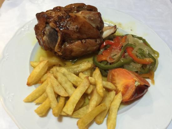 Baiona, España: Delicioso Codillo  al Horno !!!