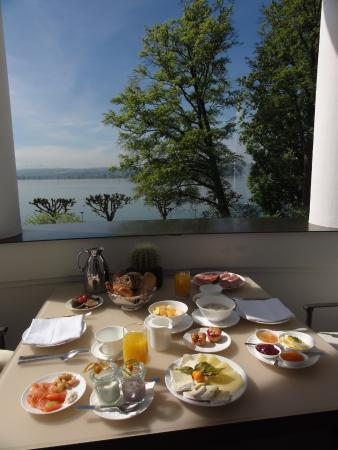 fr hst ck auf dem balkon bild von riva das hotel am bodensee konstanz tripadvisor. Black Bedroom Furniture Sets. Home Design Ideas