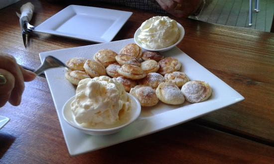North Tamborine, Australia: Poffertjes met slagroom