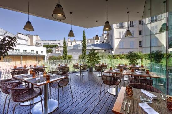 makassar restaurant terrasse picture of makassar lounge restaurant paris tripadvisor. Black Bedroom Furniture Sets. Home Design Ideas