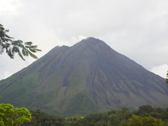 Hotel Miradas Arenal: This is the view from the deck.