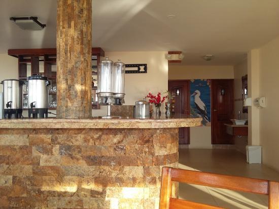 Flamingo Hotel: Buen desayuno, con frutas, yoghurt, jugo natural, café, etc.