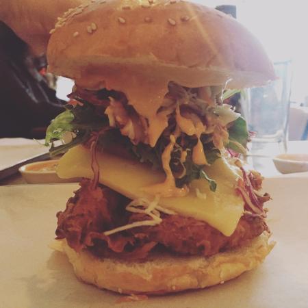 Parlour Diner: Amazing chicken burger