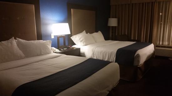 average hotel for price review of holiday inn express fargo west rh tripadvisor com