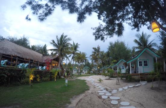 unique hotel picture of le pirate beach club gili t hotel gili rh tripadvisor com