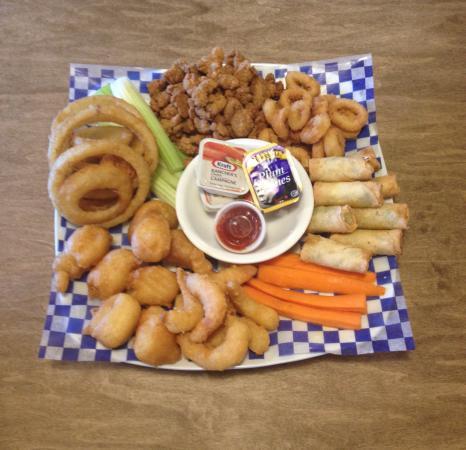 Fort Saskatchewan, Canada: Land & Sea Platter