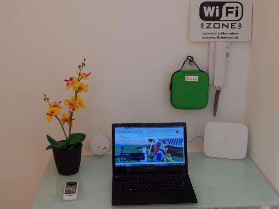 Presicce, Italië: wifi zone B&B ERMINIA