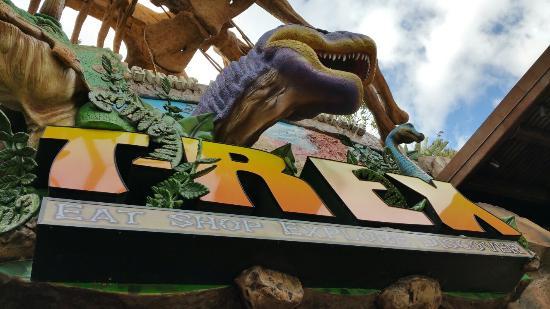 T-Rex : Sign above entrance