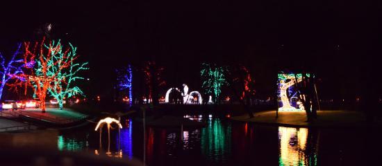 Dufferin islands park festive of lights dufferin islands niagara