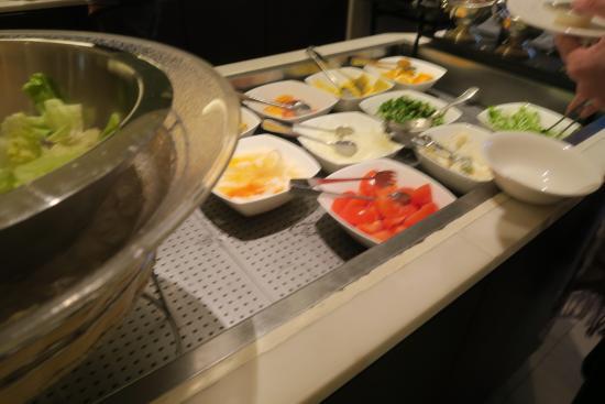 Ube, Giappone: Breakfast buffet