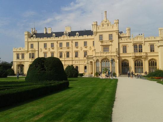 Zamek (castle) Lednice