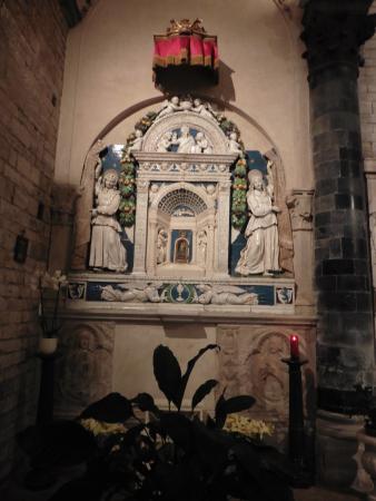 Chiesa dei Santi Apostoli: Tabernacolo di Giovanni della Robbia