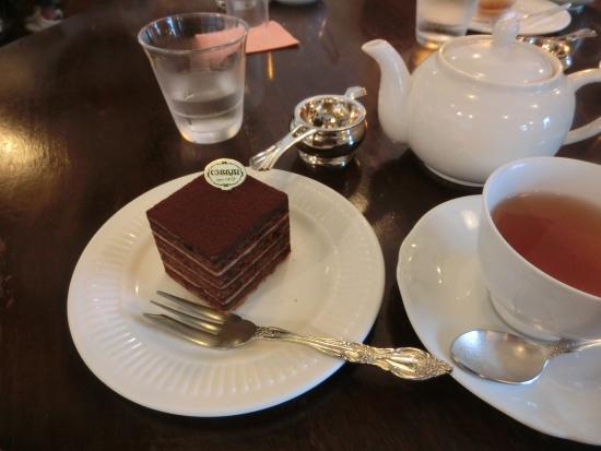 Patisseries La Maree De Chaya: 紅茶とケーキのブリジット。
