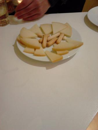Страна Басков, Испания: plato degustación de queso Idiazabal ahumado y semicurado