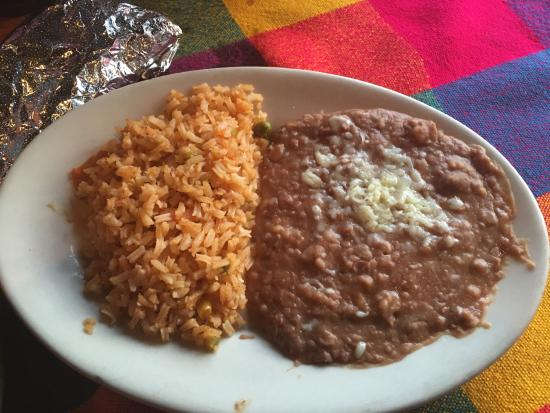 Alpharetta, GA: Fajitas Texanas: side refried beans and rice