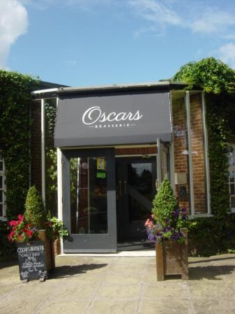 Oscars Brasserie