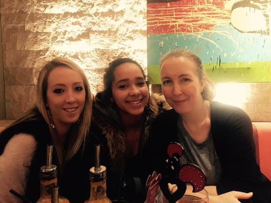 Teddington, UK: Nandos mums birthday