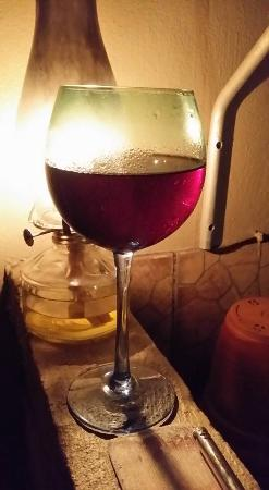 Sandton, Sudáfrica: Glass of wine...