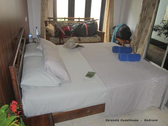 Serendib Guest House Image