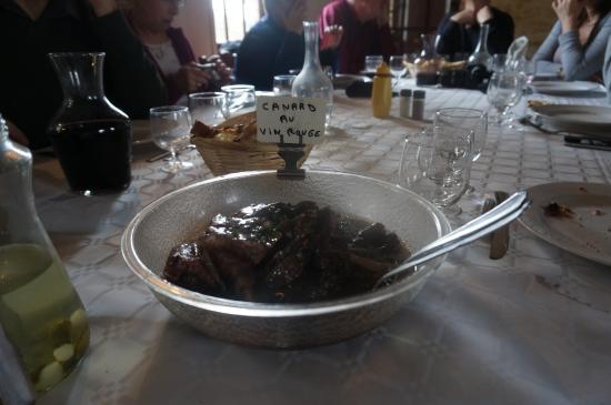 Ferme Auberge de la Cote Blanche : canard au vin rouge