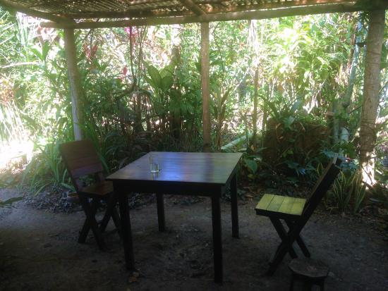 Quirigua, Guatemala: The dining room tables in the garden