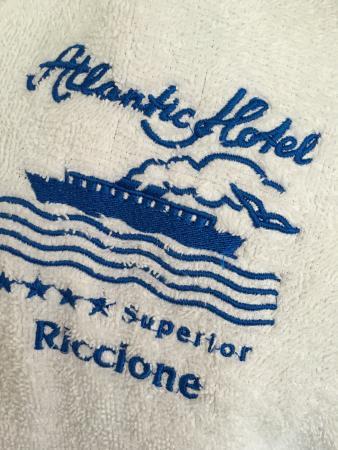 Atlantic Hotel Riccione: L'accappatoio