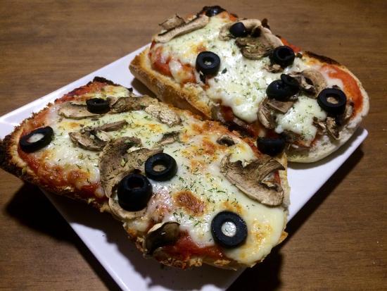 Provincia de Málaga, España: tosta de pizza