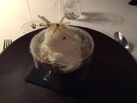 ça Lorraine Cuisine Thionville : Dessert à la pomme - Picture of La Lorraine, Zoufftgen - TripAdvisor