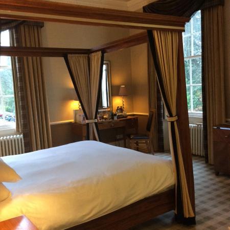 Dunkeld, UK: Suite in main house overlooking grounds