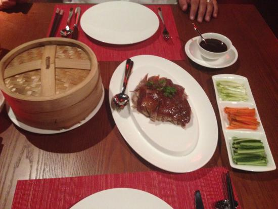 Hong Loong: Duck with pancakes