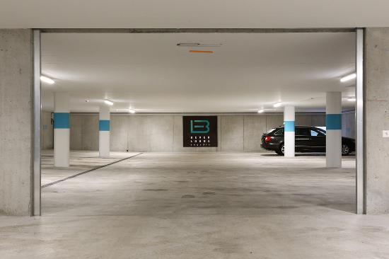 Bever, Suiza: Garage