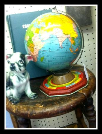 Atchison, KS: Great finds from around the world!