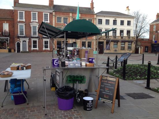 Retford, UK: This is the only Apollo Food Cart trailer in the UK selling coffees at markets and private venue