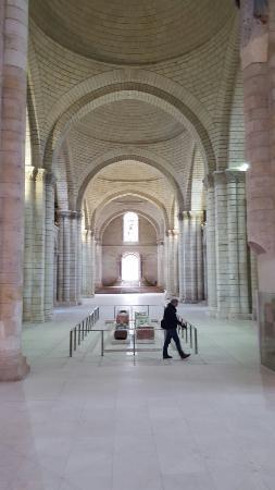 Fontevraud-l'Abbaye, Francia: 20160206_170901_001_large.jpg