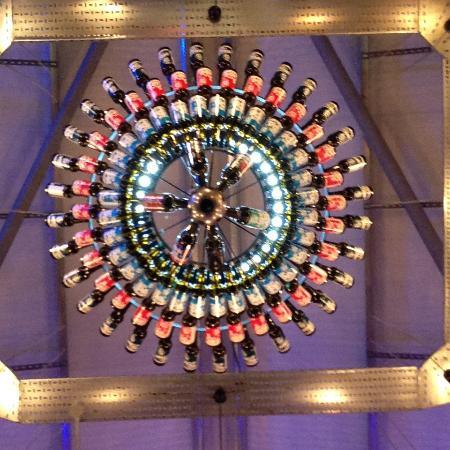 Ellon, UK: Some chandelier!
