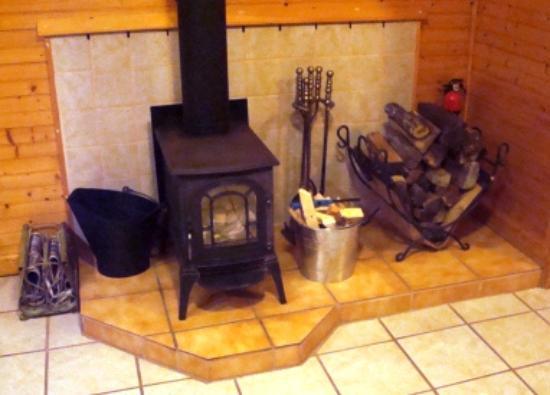 Leicester, Carolina del Norte: Angels Nest Retreat House Woodstove