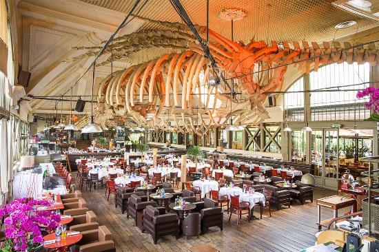 Neuilly-sur-Seine, Frankrike: Salle de restaurant du café de la JATTE