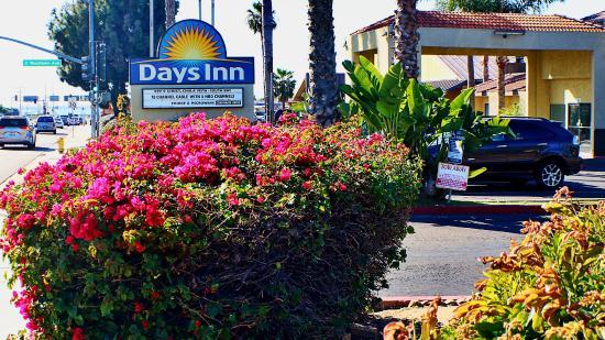 Chula Vista, كاليفورنيا: Hotel Entrance South