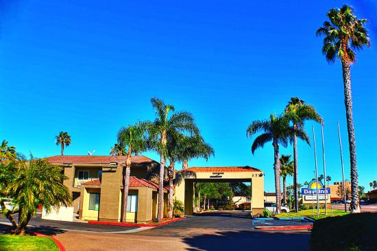 Chula Vista, كاليفورنيا: Main Entrance North