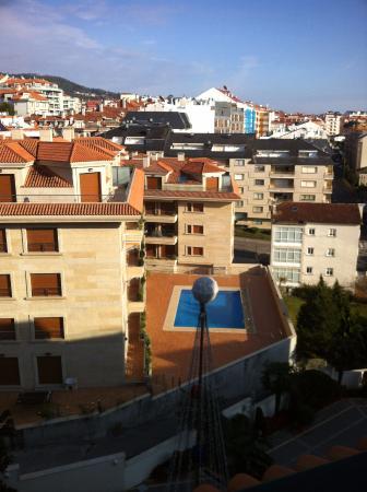 Hotel Carlos I Silgar: Vista hacia las viviendas justo en frente