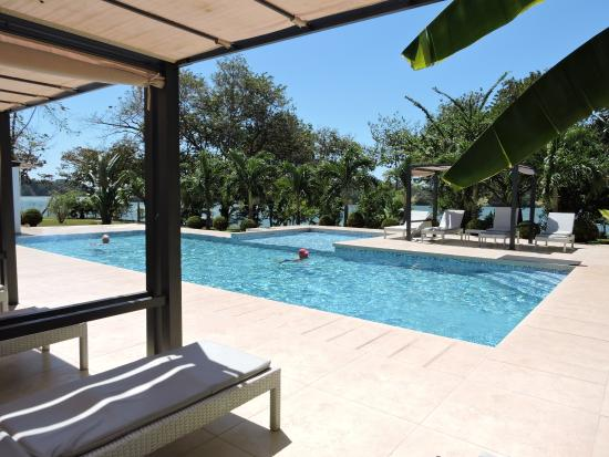 Boca Chica, Panama: The lovely pool was inviting.