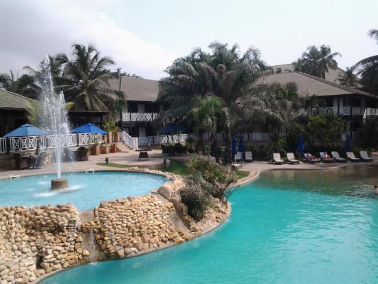 Pool - Labadi Beach Hotel Photo