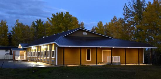 Chetwynd's Newest Boutique Hotel.  19 self contained suites. Secure, Clean, Quiet, Respected, De