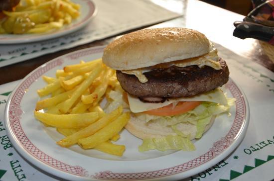 Provincia de Sevilla, España: Hamburguesa de buey