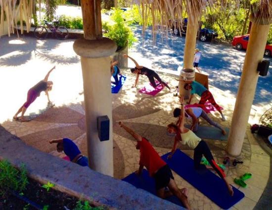 Província de Guanacaste, Costa Rica: Tuesday morning Yogalates class  at Playa Flamingo