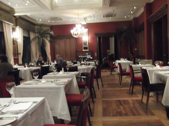 Meikle Restaurant: Dinner has started for the early birds