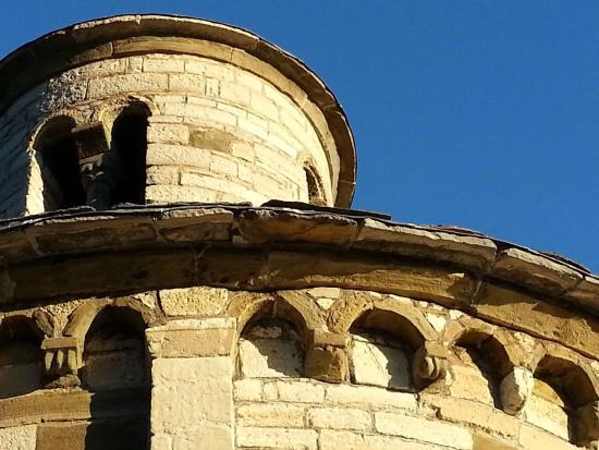 Almenno San Bartolomeo, Italia: San Tomé il tempio, l'interno, il raggio equinoziale