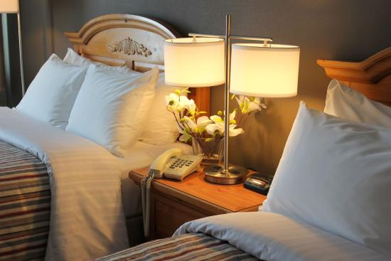 Confederation Place Hotel: Comfortable Rooms