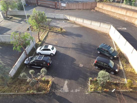 Mascalucia, Włochy: Parking