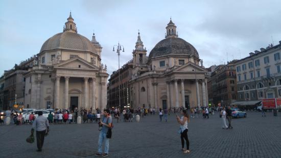 Piazza del Popolo : Plaza